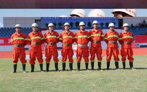 消防员日常演练